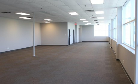 3,000 sqft Commercial/Office Space
